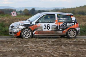 Slagveld voor Clio 2 Rally Challenge in Rally van Doornik