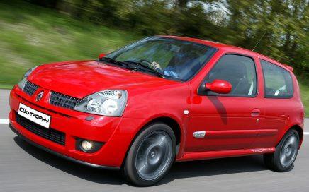 Proefrit van Clio 2 ph3 R.S. Trophy uit 2005